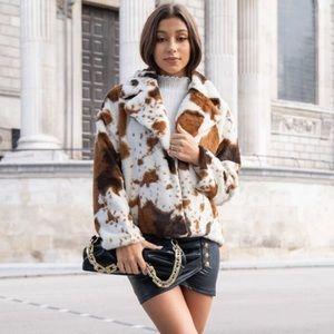 Notched Collar Colorblock Faux Fur Coat